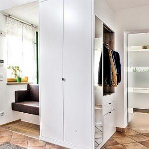 Garderobe in Eberstalzell, 2018
