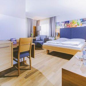 Gästezimmer, Gasthaus zur Traube, Neckenmarkt, 2018